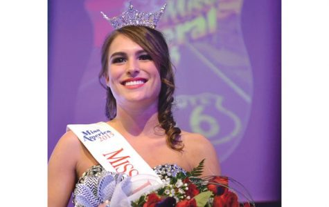 Nondorf crowned Miss Liberal 2015