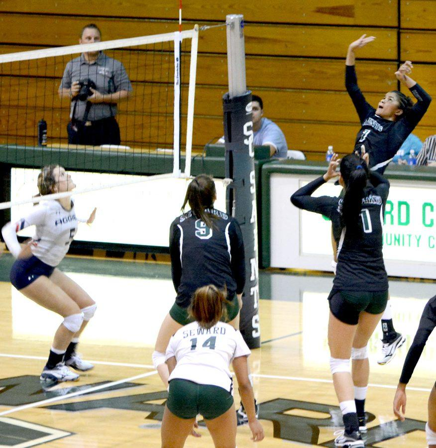 Lady Saints volleyball dominates OPSU in first scrimmage of the year