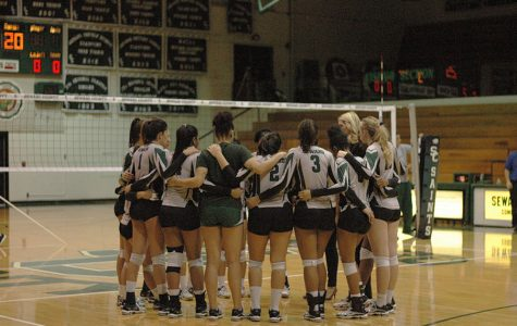 Lady Saints Volleyball continue streak