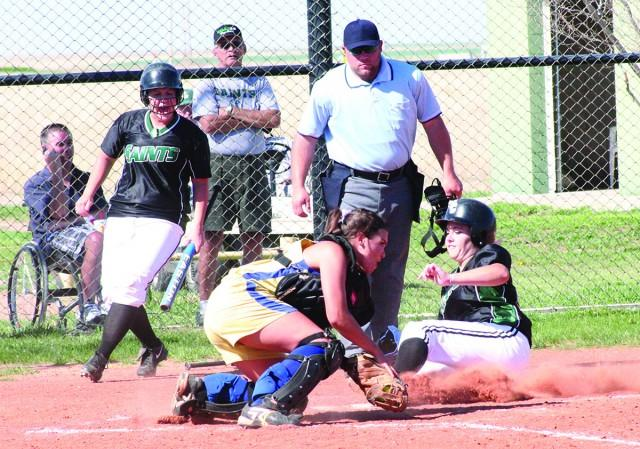 Softball wins key doubleheader in conference
