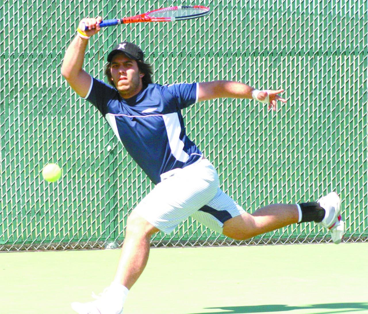 Crusader photo/Miguel Campano Seward County player Gustavo Ruiz-Abad hits a forehand during practice before heading to take on Barton Community College.