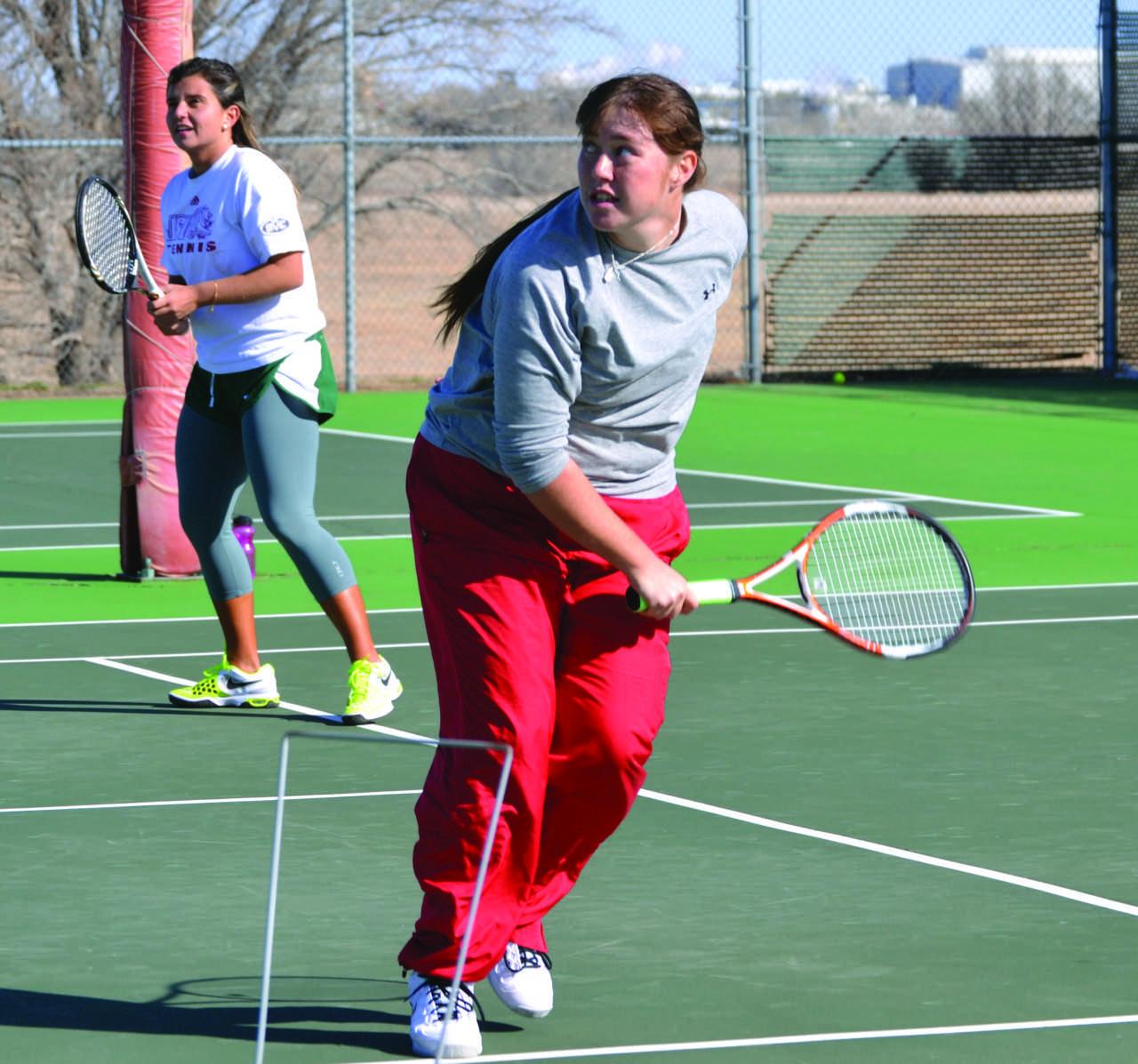 New player joins Lady Saints tennis