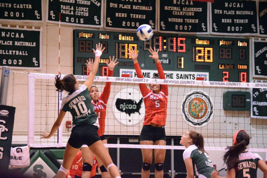 Lady Saints Volleyball wins over Hutchinson, sits first in Jayhawk West Conference