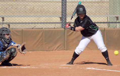Lexi Manyik battling at the plate. Manyik has had 41 at bats, 19 runs, 17 runs, and 4 home runs so far this season.