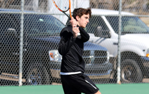 Men's tennis nets first loss