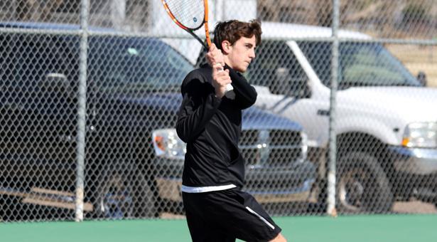 Men's tennis nets first loss