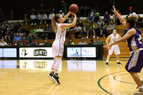 Lady Saints set 3-point record