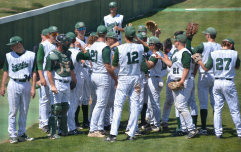 Spring sports use huddles to come together, win