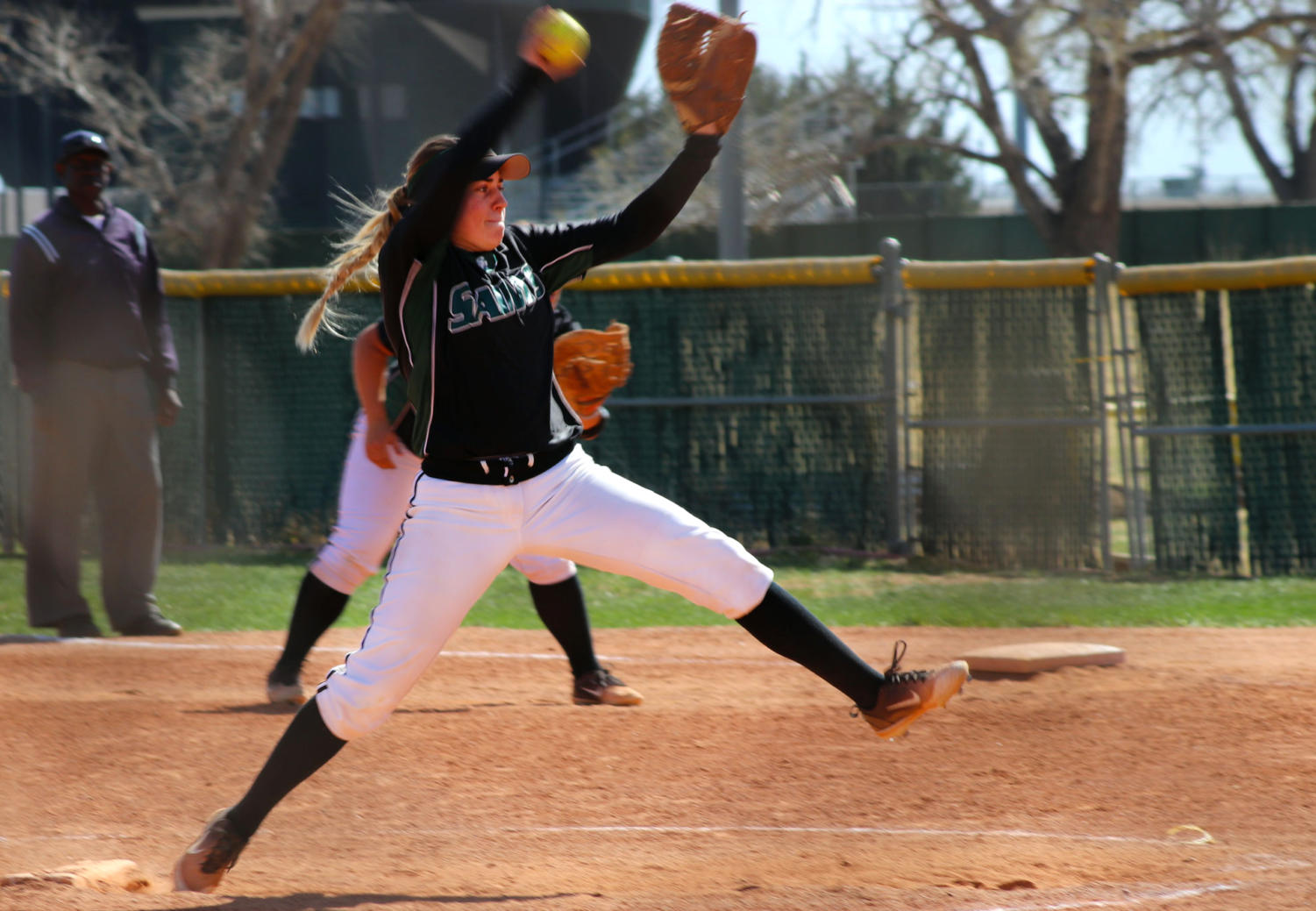 Jordan+Cordrey%2C+freshman+from+Colorado+Springs%2C+Colorado%2C+pitched+for+the+second+game+against+the+Barton+Cougars.++The+Saints+Softball+team+won+the+second+game+17-6.