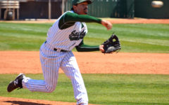 Baseball advances to regionals