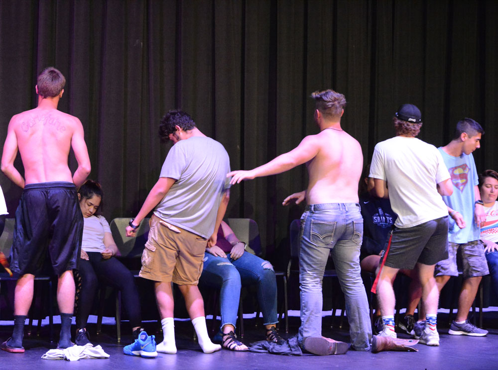 In+the+middle+of+the+show%2C+the+male+volunteers+on+the+stage+were+told+they+were+Chippendale+dancers.+Eventually%2C+they+went+into+the+crowd+and+danced+on+audience+members+as+well.