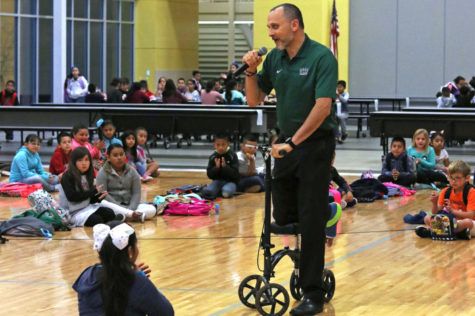 SCCC partners with Prairie View Elementary for Hispanic pride rally