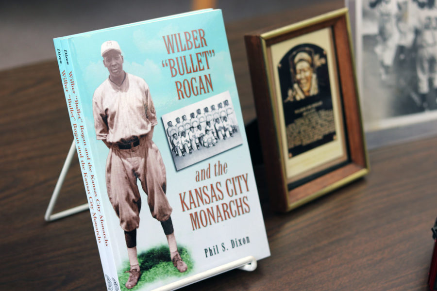 """Dixon writes books about the players that were in the Negro baseball league. Some of these players even had better stats than the most known baseball Hall of famers. To end his presentation, Dixon recited a poem about the players called, """"The Stars That Did Not Shine."""""""