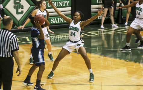 Lady Saints extend streak to 19