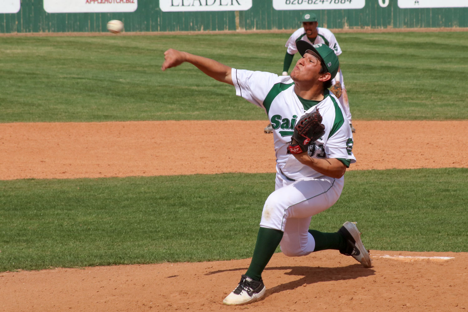 Rene+Ramirez+II+throws+hard+to+the+plate.+The+freshman+pitcher+has+thrown+seven+innings+in+relief+this+semester.%0A%0A