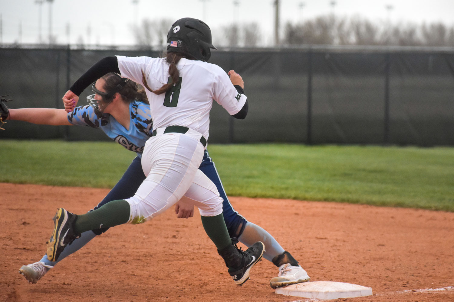 On May 4, Seward County Community Colleges softball team played in the Region VI tournament in Dodge City. The ladies played against Barton and Colby, losing 5-3 to barton and 12-9 to Colby. Seward finished the season  at 14-14 in the Jayhawk West and 18-31 overall.
