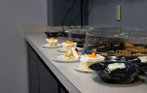 The SCCC cafeteria and Louie's Place will have a new rule for students who have a 19 meal plan. Students will now be able to eat at Louie's Place for breakfast, lunch and dinner if they please and that one meal will be counted towards the meal plan.