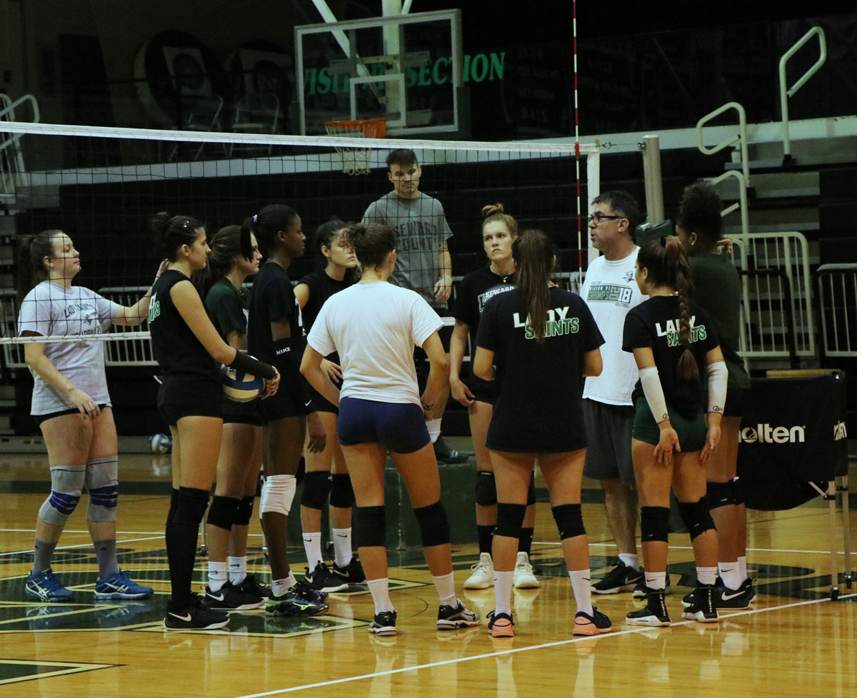 The Lady Saints beat Hutchinson Community College on Sept. 7 with three straight sets, continuing their winning streak. The Lady Saints volleyball team is No. 1 in the nation with a winning streak of 7-0 overall but 3-0 in conference stats.