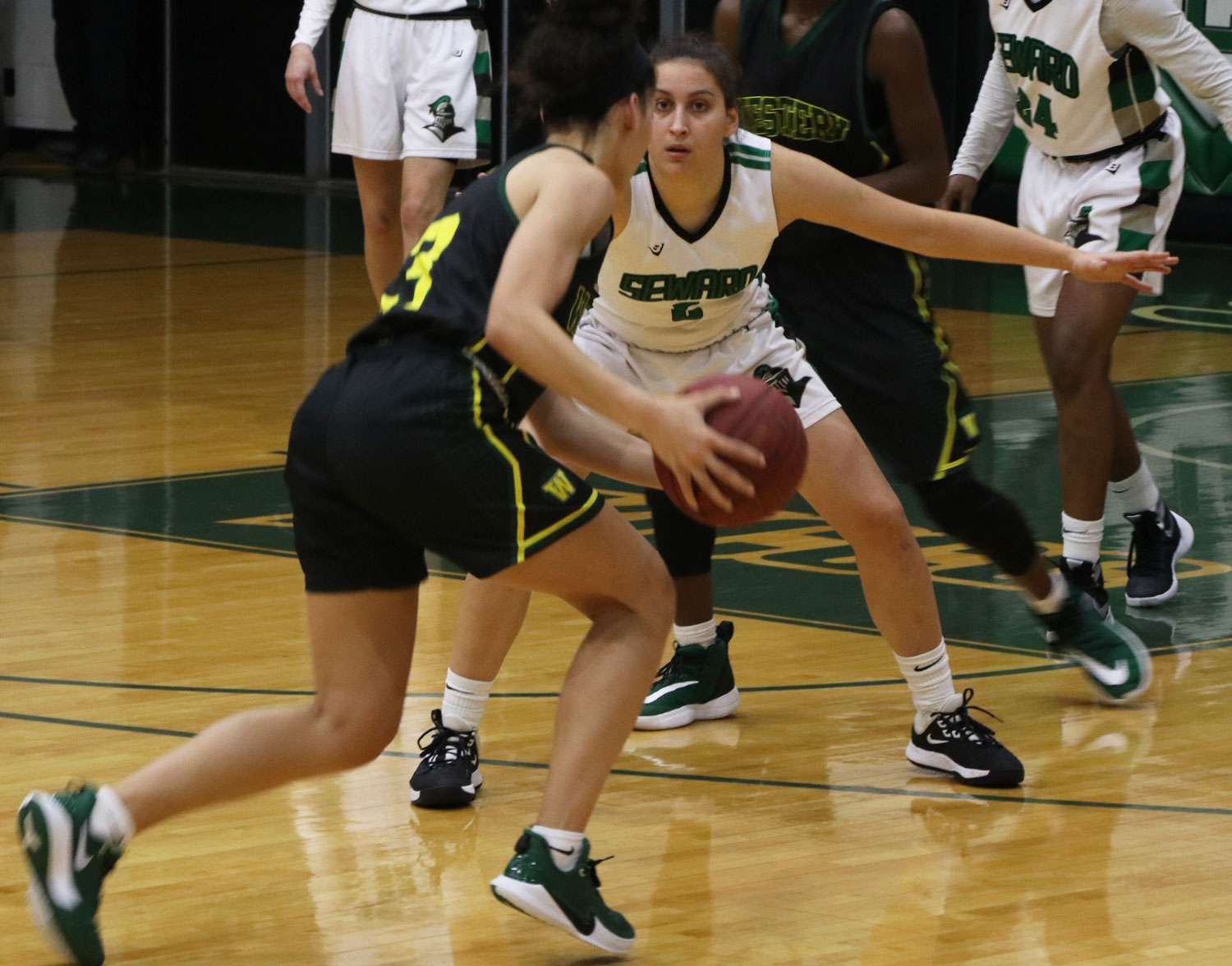 Freshman Wiktoria Kazimierowicz, plays a great defense, not letting any of the Lady Pioneers inside the lane for a layup.