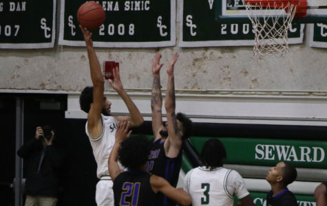 Seward Saints win 103-54 against Bethany