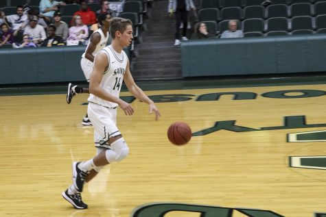 Saints smash Dodge City, 92-56