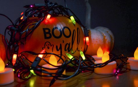 Halloween is traditionally celebrated by decorating pumpkins and having spooky lights. SCCC students will have a chance to stay busy this week with Halloween activities that involve both pumpkins and spookiness.