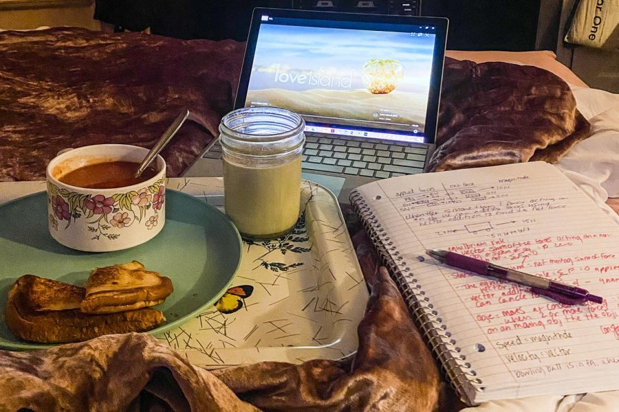 Raven Staten, sophomore art major, spends her snow day warm and cozy inside with hot matcha, tomato soup, grilled cheese, love island and homework. Staten used to use snow days as an excuse to be a little lazy, but this time she had to attend class via remote learning.