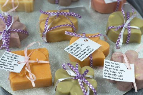 Chemistry students sell soaps to faculty, community members