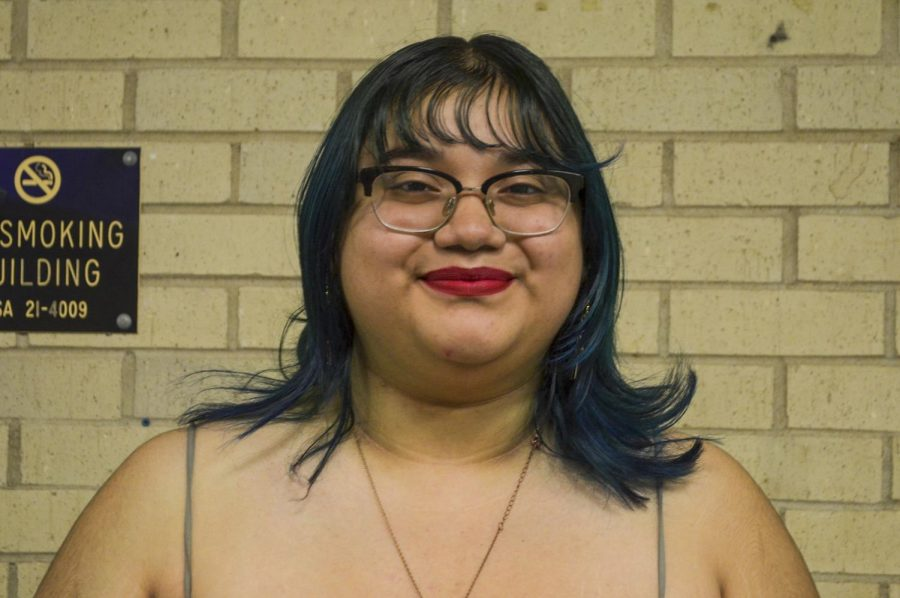 Yisel Ramos is from Liberal. Ramos is a freshman and her major is visual arts.